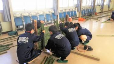 島根県の松浦造園、ものづくりマイスターが高校生に体験教室を実施